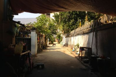 A back alley in Vientiane